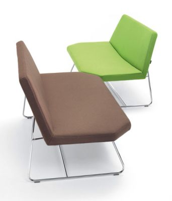 OTTO Lounge Chair by Girsberger