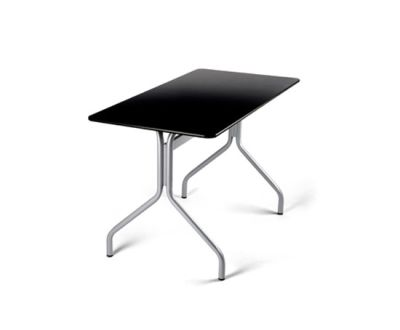 Talk Outdoor table by ENEA