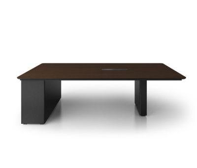 X6 Hide Desk by Holzmedia