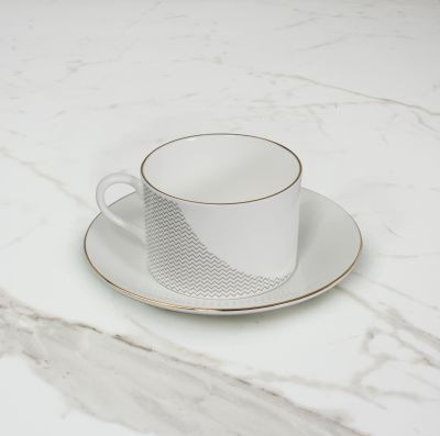 Curve Teacup & Saucer No. 1