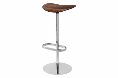 Gubi 2D Bar Stool Swivel Base- Unupholstered Gubi Wood American Walnut
