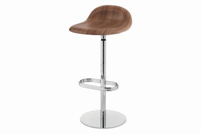 Gubi 3D Bar Stool Swivel Base - Unupholstered Gubi Wood American Walnut