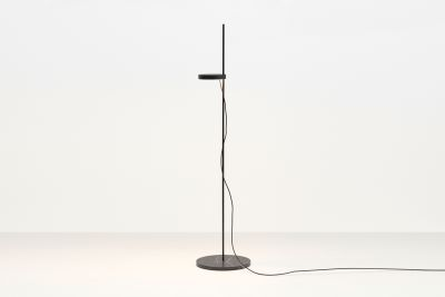 LT06 Palo Floor Lamp Jet Black with Nero Marquina Marble Base