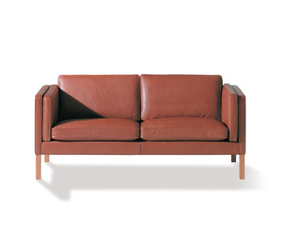 2335 by Fredericia Furniture