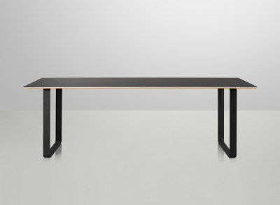 70/70 Dining Table | extra large Black/Black