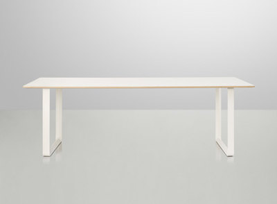 70/70 Dining Table | large White/White