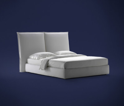 Angle Smooth headboard by Flou