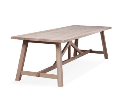BC 02 Table by Janua / Christian Seisenberger