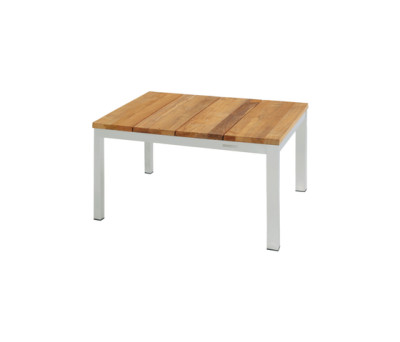 Bogard coffee table 70x70 cm by Mamagreen