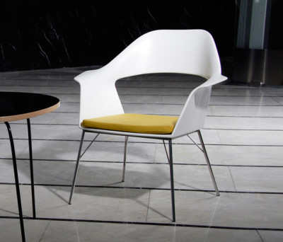 Brno armchair by AMOS DESIGN