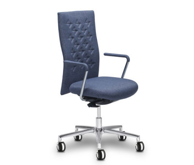 Butterfly task chair by SitLand