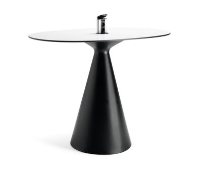 Cone table by Materia
