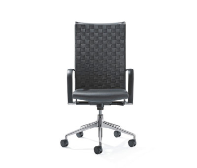 CORPO Swivel chair by Girsberger