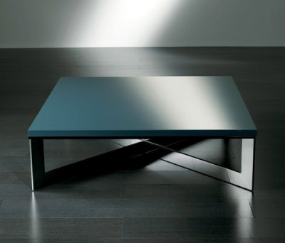Cros Low table 120 by Meridiani