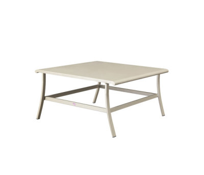Elisir coffee table by Ethimo