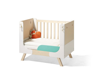 Famille Garage children's bed by Lampert