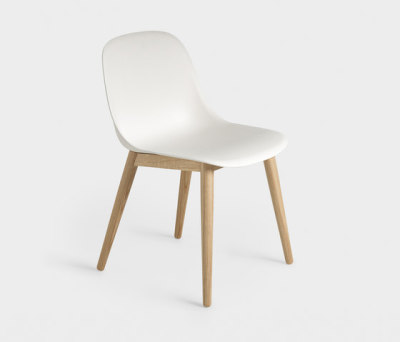 Fiber Side Chair | wood base Natural White/Oak