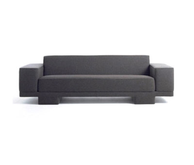 Finch Sofa by Palau