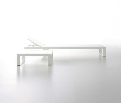 Flat Chaiselongue by GANDIABLASCO