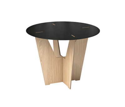 Flat3 table by OXIT design