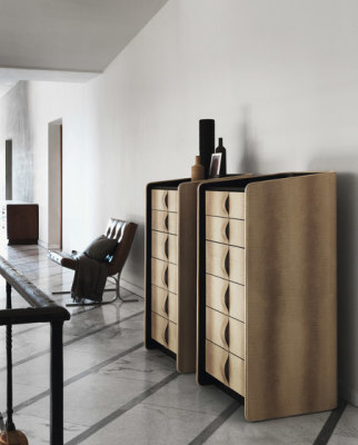 Gentleman chest-of-drawers by Flou