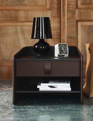 Gentleman nightstand by Flou