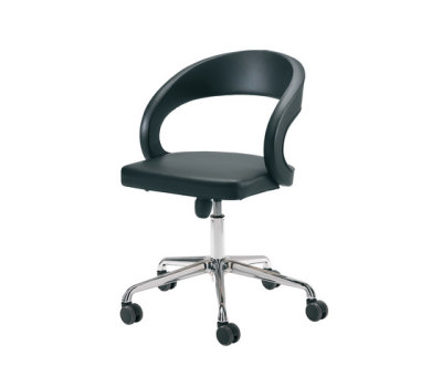 girado swivel chair by TEAM 7