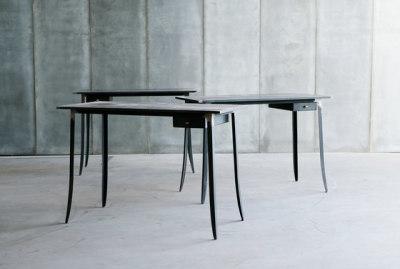 Hide desk by Heerenhuis