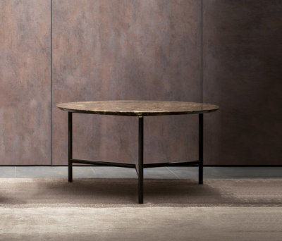 Iko Coffee table by Flou