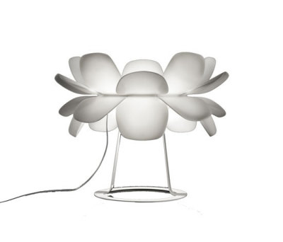 infiore M-5807 table lamp by Estiluz