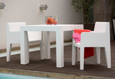 Jut table 90 x 90 x 75 cm White