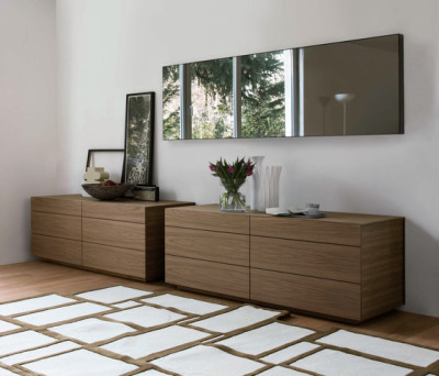 Lato chest of drawers by Former