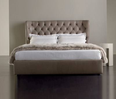 Lauren Bed by Meridiani