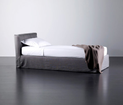 Law Bed by Meridiani