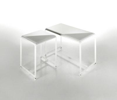 Linea Domino | 35 & 70 seat by Effegibi