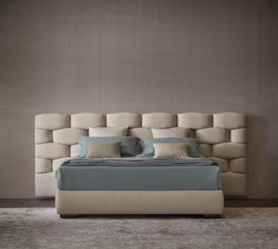 Majal Bed by Flou