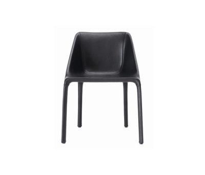 Manta chair by Poliform