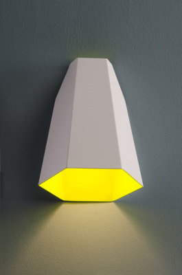 Maya wall lamp by almerich