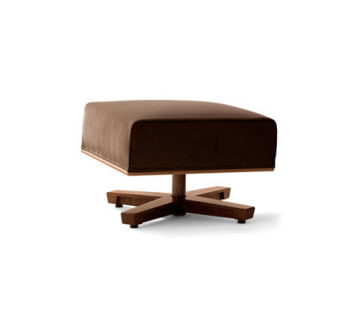 Mobius Stool by Giorgetti