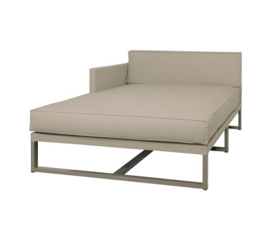 Mono right hand chaise by Mamagreen