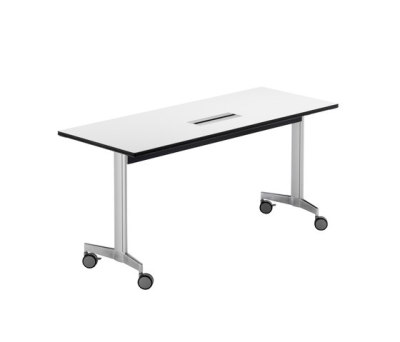 Moveo training table by HOWE