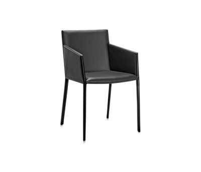 Nika P armchair by Frag