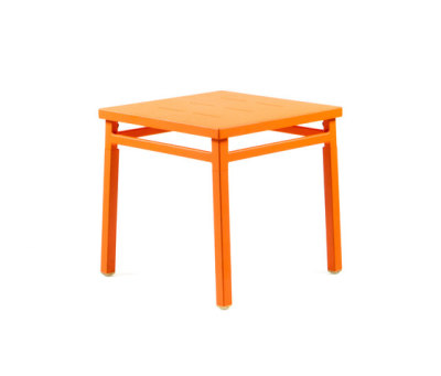 NS9565 Sidetable by Maiori Design