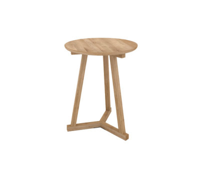 Oak tripod coffee table 90 x 90 x 40 cm by ethnicraft for Coffee table 70 x 40