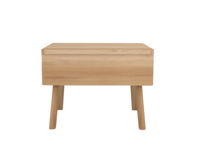 Oak UB bedside table