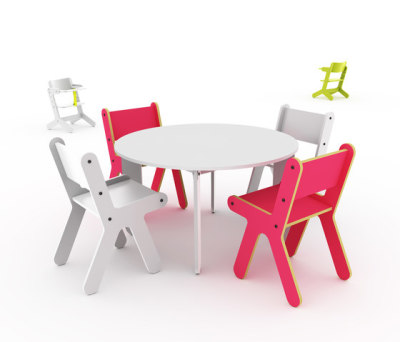 Pony table by KLOSS