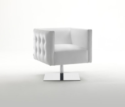 Prestige Swivel Armchair by Giulio Marelli