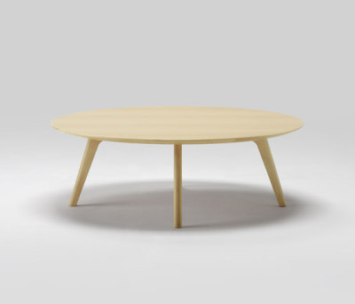 Roundish Coffee Table 120 by MARUNI