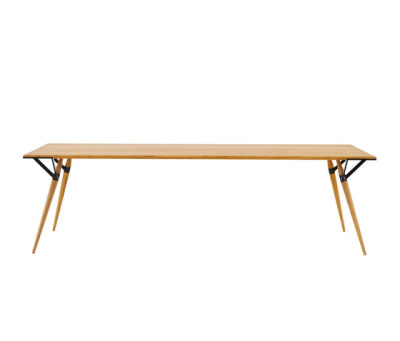 SANGA table by INCHfurniture