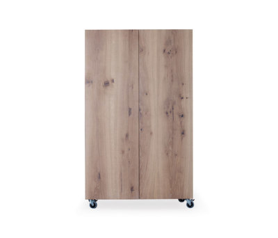 SC 49 Apartment cabinet by Janua / Christian Seisenberger